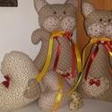 Csupaszív cicák, Dekoráció, Pamut szövetből készült cicák és sz?vek.A termék együtt van.Az árban benne van a képen látható minde..., Meska