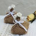 Köszönetajándék kézműves szappan, rózsás, rusztikus , Esküvő, Szépségápolás, Meghívó, ültetőkártya, köszönőajándék, Szappan, tisztálkodószer, Kedves ötlet vendégeiteket apró köszönetajándékkal meglepni az esküvőn. Legyen ez az ajándék egyedi,..., Meska