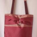 Pink csíkosban, Táska, Válltáska, oldaltáska, Pink, csíkos taftból készült nagy pakolós táska, strasszos dísszel. 3 rekeszes belső zsebbel..., Meska