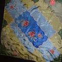 Rózsa és bazsarózsa osztott (123), Táska, Divat & Szépség, Ruha, divat, Kendő, Puha, simogató valódi hernyóselyem kendő. Kellemes viselet. 75*75 cm  Harmatnedvesen vasalható a hát..., Meska