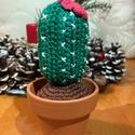 """Zöld kaktusz, Otthon & Lakás, Dekoráció, Dísztárgy, Kötés, Horgolás, """"Echinopsis spachiana"""" kaktusz által ihletett, horgolással készült, barna színű, miniatűr kb.15cm m..., Meska"""