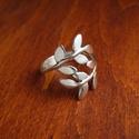 leveles ezüst gyűrű, Ékszer, óra, Gyűrű, Ékszerkészítés, Ötvös, Ezüst gyűrű. 925-ös , fémjelzett. Általában 3,5 g. Bármilyen méretben rendelhető. Fényes, de kíváns..., Meska
