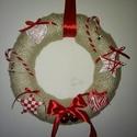 Piroska kopogtató :-), Dekoráció, Ünnepi dekoráció, Karácsonyi, adventi apróságok, Karácsonyi dekoráció, Piros kopogtató. 30 cm-es szalma koszorúra feltekertünk egy vaj színű, flitteres kötött sála..., Meska