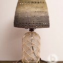 Borobudur rusztik, Otthon, lakberendezés, Lámpa, Asztali lámpa, Hangulatlámpa, Horgolás, Újrahasznosított alapanyagból készült termékek, Régi újrahasznosított szódásszifon üveg, egyedileg festett, keményített, horgolt fonal lámpaernyő, ..., Meska