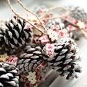 Karácsonyi toboz díszek , Dekoráció, Ünnepi dekoráció, Karácsonyi, adventi apróságok, Karácsonyi dekoráció, 9db toboz dísz , Meska