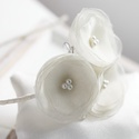 Virágos pezsgőszínű hajpánt, Esküvő, Hajdísz, ruhadísz, Szalaggal bevont hajpánt gyöngyös virágokkal díszítve a nagy napra. Koszorús lányoknak és menyasszon..., Meska