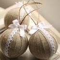 Vintage, csipkás karácsonyi gömbök, Dekoráció, Ünnepi dekoráció, Karácsonyi, adventi apróságok, Karácsonyfadísz, 3db kézzel készített vintage hangulatú karácsonyi gömb . 7 cm átmérőjű. Az ár 3db vonatkozik. Sok sz..., Meska