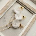 Virágos menyasszonyi hajtűk, Esküvő, Hajdísz, ruhadísz, 3db ekrü, gyöngyös hajtű. Fehér színben is kérhető., Meska