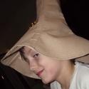 Sebaj Tóbiás kalapja, Farsangi jelmez, Farsangra készültök? Itt egy ötlet egy kedves-vicces jelmezre!  A kalap hobbifilcből készült, mereví..., Meska