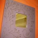 Díszített keretű tükör, Dekoráció, Magyar motívumokkal, Otthon, lakberendezés, Képkeret, tükör, Festett tárgyak, Famegmunkálás, Ezt a lilásra festett, lakkozott keretű tükröt saját tervezésű mintával, indás virágokkal és lélekm..., Meska