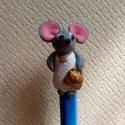 egérkés toll, Mindenmás, Gyurma,  Kék színű zebra toll, ami több, mint egy egyszerű íróeszköz. Egy egérhölgy díszíti, melynek magass..., Meska