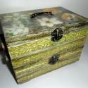 Varrós doboz nárciszokkal (Rendelésre!), Ez egy szétcsúsztatható varrós doboz, melyben ...