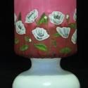 Bordó-pink hátterű mákvirág mintás, selyem rátétes opálüveg lámpa