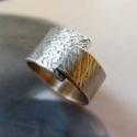 Rusztikus kalapált ezüst gyűrű , Ékszer, óra, Gyűrű, Rusztikus gyűrű kalapált mintával, Sterling ezüstből. Fűrészelt, hajlított, kalapált, oxidált, polír..., Meska