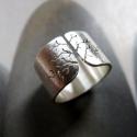 Göcsörtös fa ezüst gyűrű (széles, csiszolt), Ékszer, óra, Gyűrű, Rendelhető, kb 1 hét alatt elkészül.  Gyűrű göcsörtös fa mintával, Sterling ezüstből. Fűrészelt, haj..., Meska