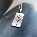 Fa - ezüst nyaklánc 2, Ékszer, óra, Medál, Nyaklánc, Ezüst medál fűrészelt fa mintával  Sterling ezüst lapból.   Méret: 10*26mm (akasztóval együtt).  A l..., Meska