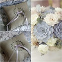 Hímzett gyűrűpárna, Esküvő, Gyűrűpárna, Kézi hímzéssel készült, egyszerű, letisztult gyűrűtartó. A párnácska közepén selyemszalagra helyezhe..., Meska