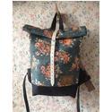 Serin virágos hátizsák (zöld) , Táska, Hátizsák, Egyéni virágos hátizsák. A táska külseje elől egy mintás anyag . A külső anyag alatta pedig kordura ..., Meska