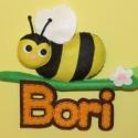 Méhecske névtábla, Dekoráció, Baba-mama-gyerek, Baba-mama kellék, Dísz, Mérete: 20x17 cm  Kérhető más névvel és más méhecske szemmel, ahogy a képen is látható :-..., Meska