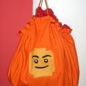 Lego tárolózsák és játszószőnyeg sudri részére, Baba-mama-gyerek, Gyerekszoba, Tárolóeszköz - gyerekszobába, Varrás, Patchwork, foltvarrás, Ugye ismerős a probléma hogy állandóan szanaszét van a lego a lakásban és rálépünk,nem pakolja el a..., Meska