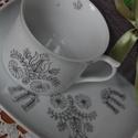 """kézzel festett porcelán tányér+ bögre, Baba-mama-gyerek, Konyhafelszerelés, Bögre, csésze, Festett tárgyak, Kézzel festett porcelán tányér+bögre """"stilizált kalocsai"""" mintával díszített.    A bögre 1,5 dl-es,..., Meska"""