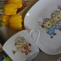 gyermek porcelán tányér+bögre kézzel festett figurával, Baba-mama-gyerek, Konyhafelszerelés, Férfiaknak, Bögre, csésze, 19 cm-es tányér+2 dl-es bögre vicces figurákkal.  , Meska