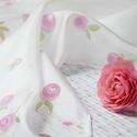 Rózsaszín apró virágos selyemkendő, A virágmodellek röpke életét mentettem át sel...