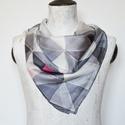 Geometrikus szürke selyemkendő, Divatos színek trendy geometrikus minta került e...