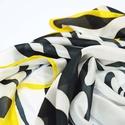animalONme zebra mintás selyemkendő, Ruha, divat, cipő, Kendő, sál, sapka, kesztyű, Kendő, Fekete fehér a zebra mintája. Kontrasztos elegáns formavilágú kendő. Szegélye élénksárga, mely még f..., Meska