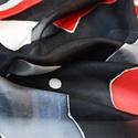 AKCIÓ JANUÁRBAN! The Red Cat selyemkendő, 7900 Ft helyett 4900 Ft   Szürke és élénkpiros...
