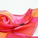 AKCIÓ! Geometrikus pink piros narancs selyemkendő, Ruha, divat, cipő, Kendő, sál, sapka, kesztyű, Kendő, Akció januárban! 7900 Ft helyett 4900 Ft Divatos színek trendy geometrikus minta került erre a selye..., Meska