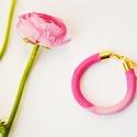 ÚJ! Pasztel rózsaszín selyem karkötő, Minden selyem karkötő egyedi. Megismételhetetle...