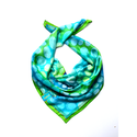 animalOnme kaméleon mintás selyemkendő, Ruha, divat, cipő, Képzőművészet, Kendő, sál, sapka, kesztyű, Kendő, Különleges mintájú és színű ez a selyemkendő. Türkiz, kék, zöld színekkel futtatott, melyeket arany ..., Meska