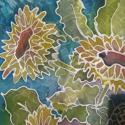 Dekoratív napraforgós selyemkendő, Képzőművészet, Textil, Selyemfestés, Nagyon dekoratív,egyedi tervezésű selyemkendő.  anyaga: 100 % selyem mérete: 74*74 cm vagy 90*90 cm..., Meska