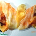 fahéj-vanília -narancs selyemkendő /selyemsál, Ruha, divat, cipő, Kendő, sál, sapka, kesztyű, anyaga: 100 % selyem mérete: 74*74 cm vagy 150*40 cm színei: karamella,fahéj,vanília, pasztell s..., Meska
