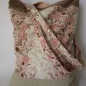 Rózsaszín virágos bevásárló táska, Táska, Szatyor, Válltáska, oldaltáska, Patchwork, foltvarrás, Újrahasznosított alapanyagból készült termékek, A táska rózsaszín virágos és natúr színű pamutvászonból készült, rózsaszín béléssel. Könnyű, vidám ..., Meska