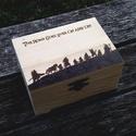 Gyűrűk ura doboz, Otthon, lakberendezés, Esküvő, Tárolóeszköz, Doboz, Gravírozás, pirográfia, 12.5x9x6.3 cm méretű  kézzel égetett dobozka. , Meska