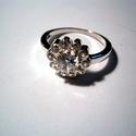 Hercegnői csillogás, Ékszer, Esküvő, Gyűrű, Esküvői ékszer, Fehér cirkónia kövekkel foglalt ezüst gyűrű.54-es méretű.Rendelhető  más méretben is Rend..., Meska