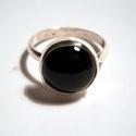Ónix köves gyűrű, Ékszer, óra, Gyűrű, Ékszerkészítés, Ötvös, 14mm-es kerek fekete kaboson kőhöz készítettem a gyűrűt.55  és 62-es méretekben van készen.925-ös e..., Meska