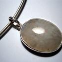 Holdkőbuborék, Ékszer, Gyűrű, Ovális alakú holdkőhöz készítettem ezüstből a medált..A kő 21x27 mm-es.a nyaklánc nincs a..., Meska