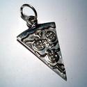 Egy szelet pizza, Ékszer, Medál, 925-ös ezüstből készült fémjelzett ékszer., Meska