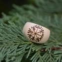 Vegvisir gyűrű, Dekoráció, Ékszer, Dísz, Gyűrű, Natúr, vastag fa gyűrű, beleégetett skandináv vegvisir* rúnával. A gyűrű: - átmérője: 2,7 cm - magas..., Meska