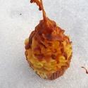 Muffin gyertya, Otthon, lakberendezés, Gyertya, mécses, gyertyatartó, Különleges,banán illatú muffin gyertya,mely 10 cm magas,129 gramm súlyú., Meska