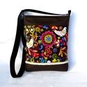 Madárkás női táska, Táska, Válltáska, oldaltáska, Tarisznya, Szatyor, Sportos kis női táska. Alapanyaga designer pamutvászon és barna textilbőr. Natúr színű csipk..., Meska