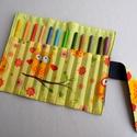 Baglyos ceruzatekercs, Baba-mama-gyerek, Táska, Játék, Gyerekszoba, Praktikus, helyes kis ceruzatekercs, amibe 12 db ceruza helyezhető el. Alapanyaga kívül sötétkék far..., Meska