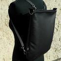 Fekete hátitáska , Vidám, sportos, praktikus, jól pakolható női v...