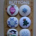 Hímzett karácsonyi gombok 6 db, Ruhára, ajándéknak, képeslapokra.  Ajándékoz...