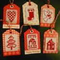 Karácsony hímzett címkék ajándékba 6 db, Dekoráció, Karácsonyi, adventi apróságok, Ajándékkísérő, képeslap, Hímzett címkék ajándékba 6 db Szépek, 6 különböző kép DMC fonál  , Meska