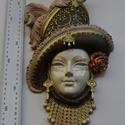 Velencei maszk kalapos 002, Dekoráció, Képzőművészet, Dísz, Szobor, Festett tárgyak, Kézzel festet modellgipszből készült falra akasztható női maszk.   magasság: 32 cm szélesség: 18 cm..., Meska