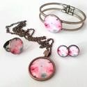 Rózsaszínben, Ékszer, Ékszerszett, Antik bronz szerelékkel készítettem ezt a rózsaszín szettet. A nyaklánc és a karperec 25mm, a..., Meska